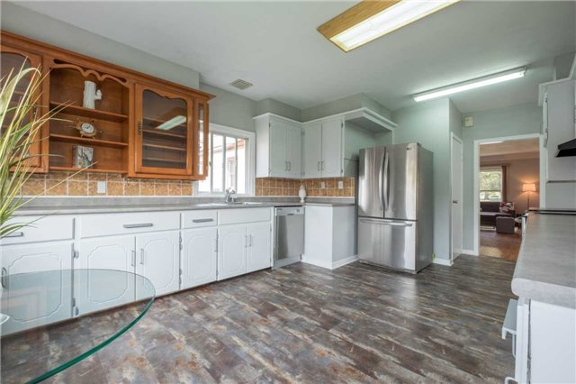 Detached at 20 East 18th St, Hamilton, Ontario. Image 15