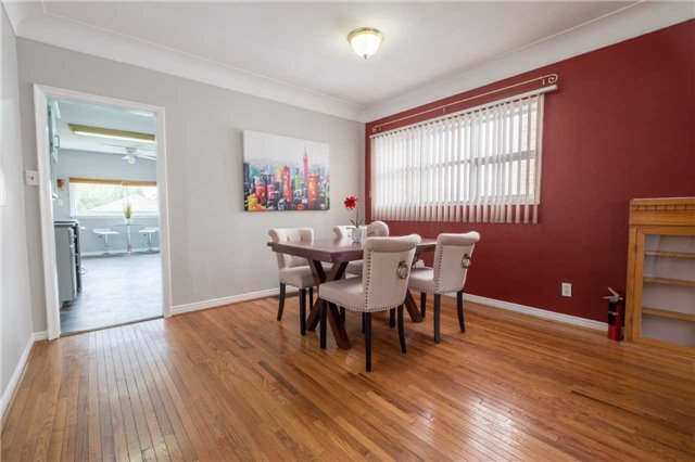 Detached at 20 East 18th St, Hamilton, Ontario. Image 17