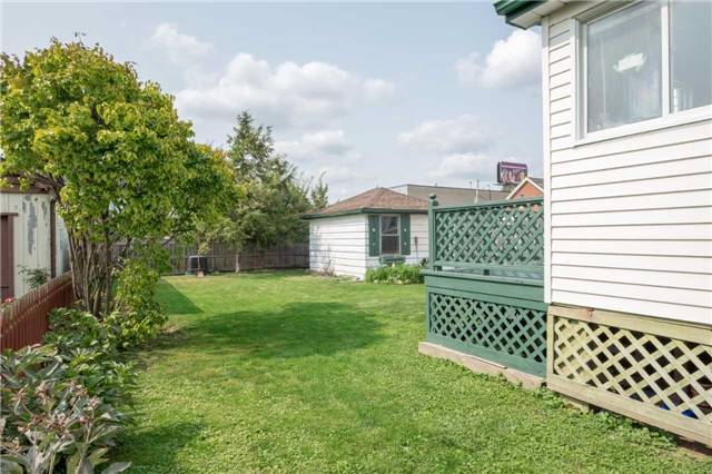 Detached at 20 East 18th St, Hamilton, Ontario. Image 13