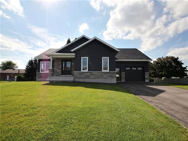 Detached at 93 Richard St, Alfred & Plantagenet, Ontario. Image 1