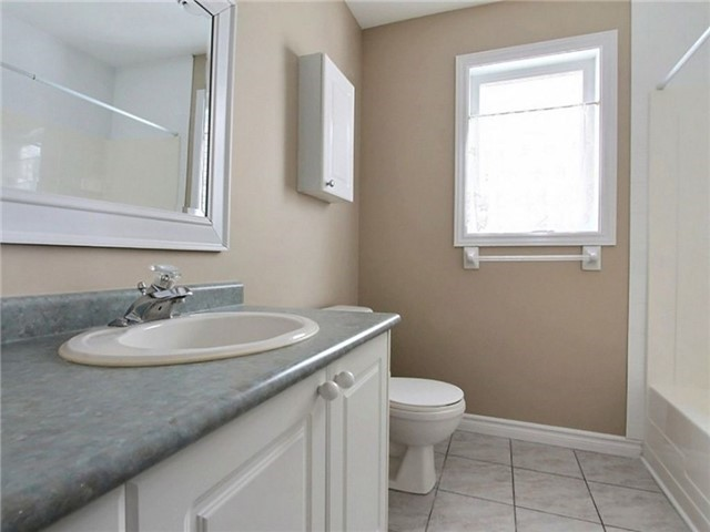 Condo Apartment at 75 Lapointe Blvd, Unit 5A, Russell, Ontario. Image 7