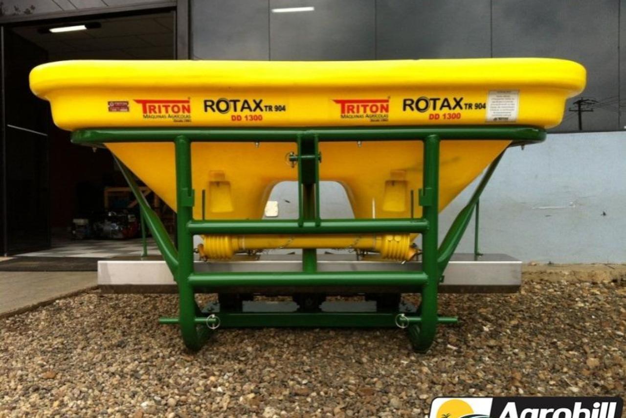 d89371a0d Distribuidor de Fertilizantes, Calcário e Sementes Triton 1300 Litros 14/14  - Agrobill Tratores Implementos e Pneus | Trucadao.com.br