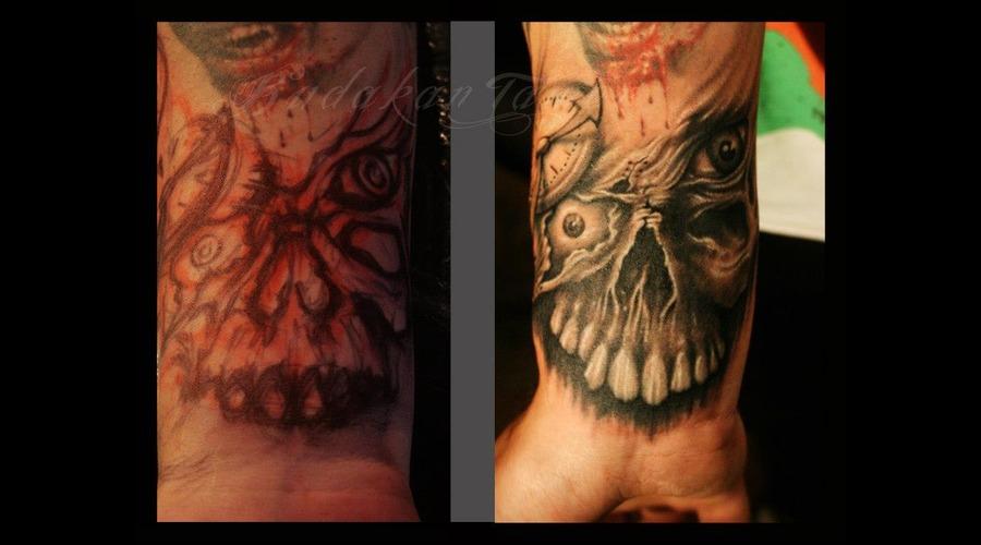 Arm Skull Freehand Istanbul Tattoo Dövme Budakan  Black White