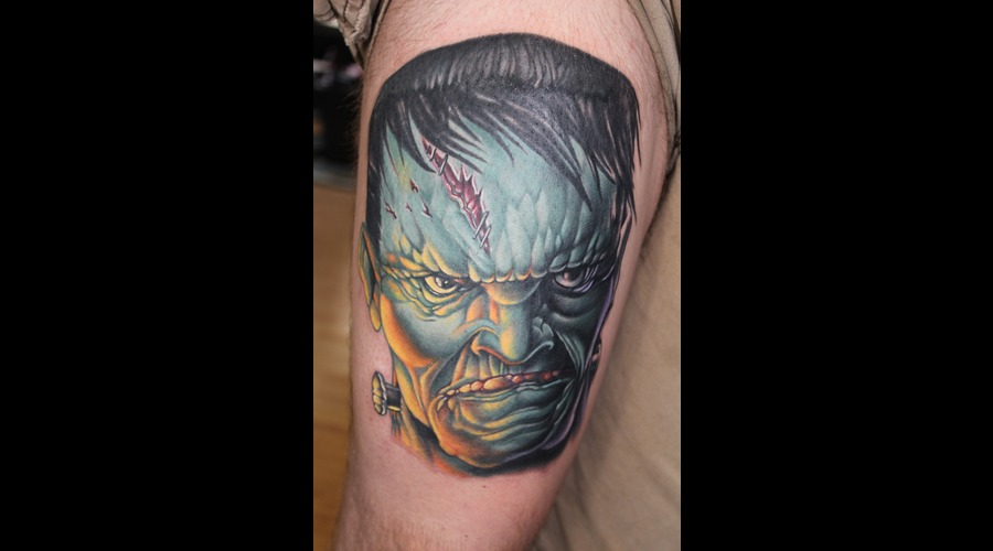 Frankenstein  Monster  Horror Color