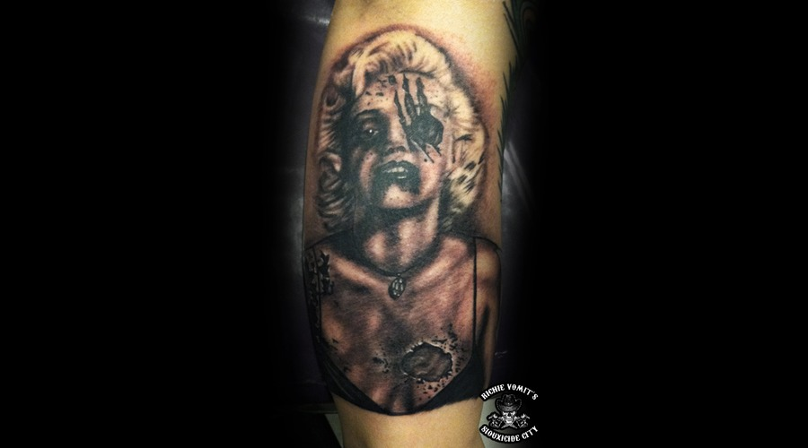 Zombie Marilyn Monroe  Black Grey Arm