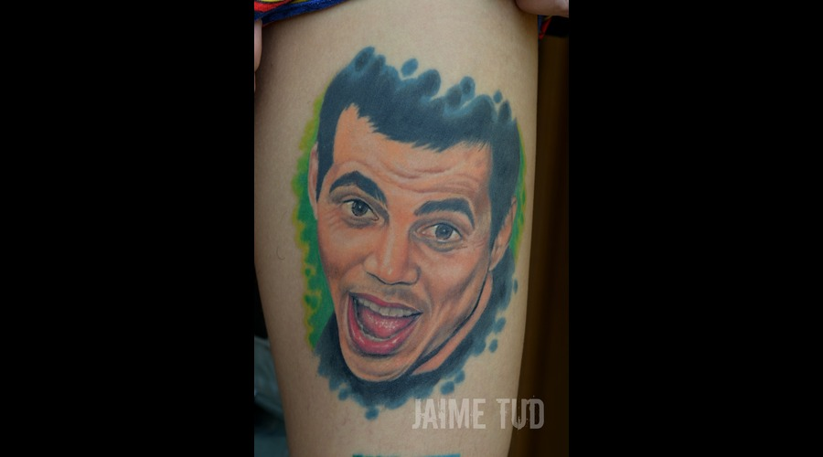 Steve O  Portrait Thigh