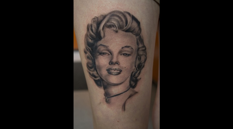 Marilyn Monroe Portrait Tattoo Black Grey Thigh