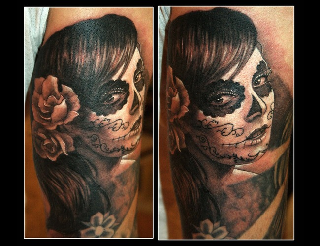 Realistic Mexican Skull Black White