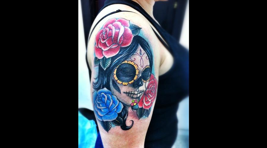 Chicano  Latino  Sugar Skull  Roses   Color