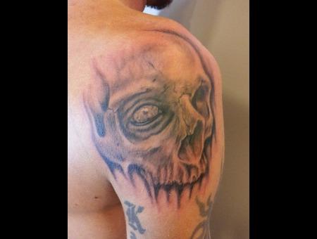 Skull  Eye Black White