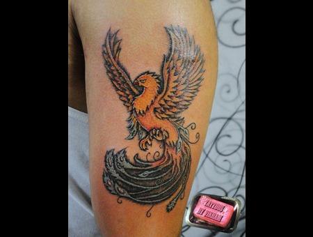 Vikram Realistic Coloured Bird Color