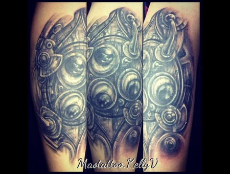 Biomech  Mechanical  Cover Up  Eyes Black Grey Lower Leg