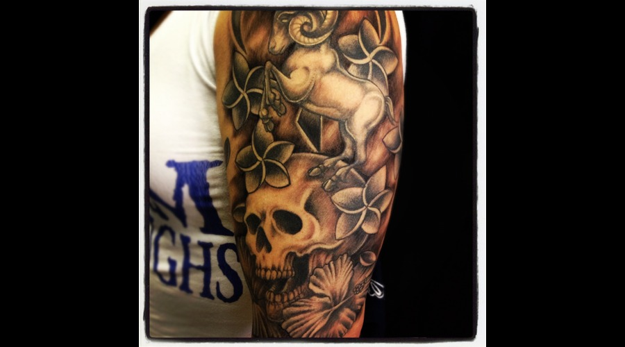 Skull  Ram  Flower  Hawaii  Tattoos Black White