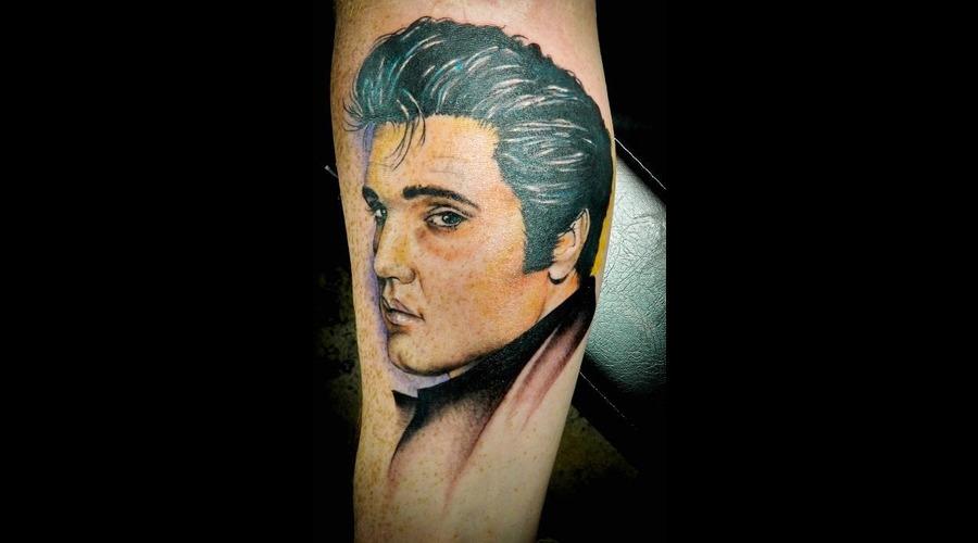 Portrait  Elvis  Realism Color