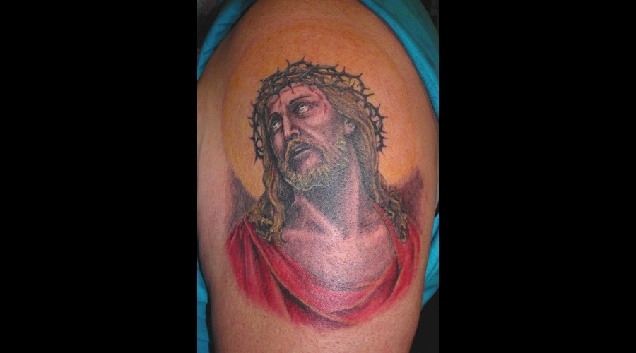 Jesus Color Arm