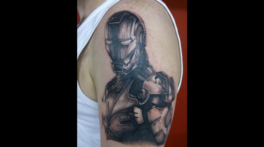Ironman  Marval  Portrait Black Grey Arm