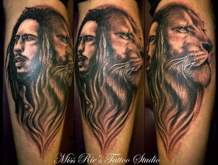 Bob Marley  Rasta  Lion Black White