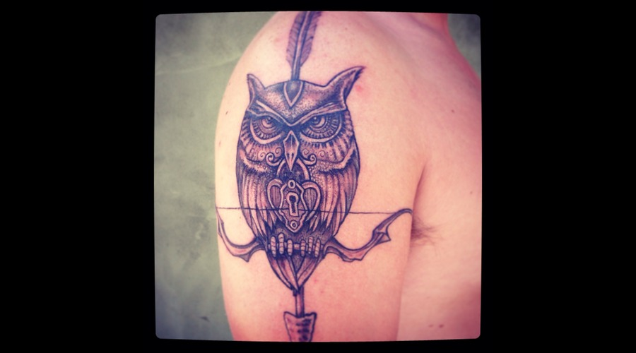 Owl Black White Arm