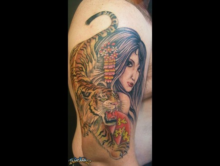 Lady Woman Tiger Realism Colour Arm  Color