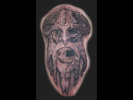 Viking  Skull Black Grey Arm