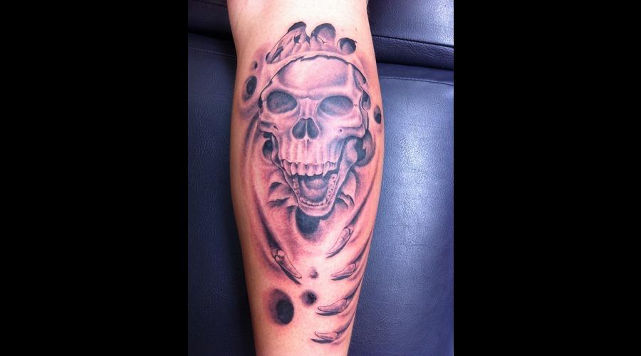 Skull Skulls Black White