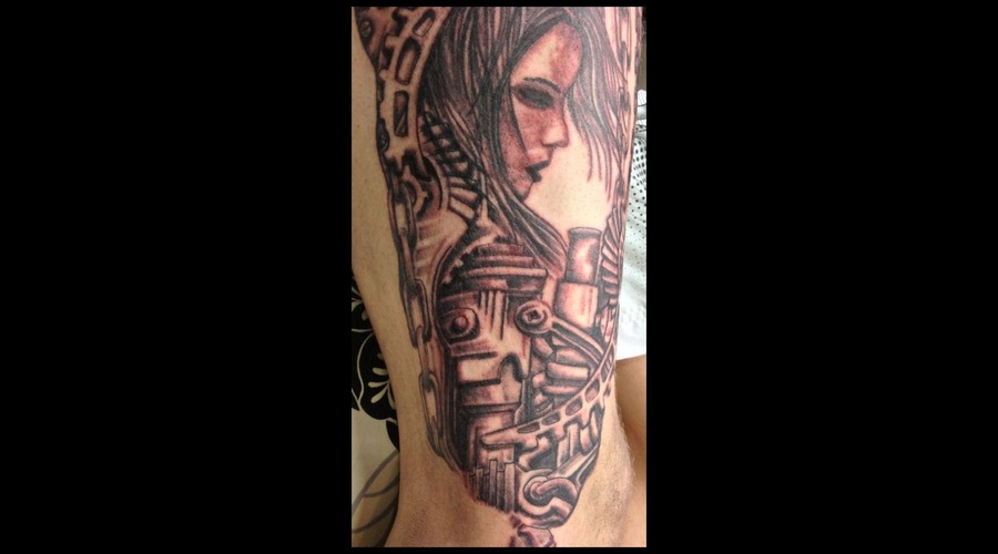 Thigh  Face  Biomechanical Black Grey Thigh