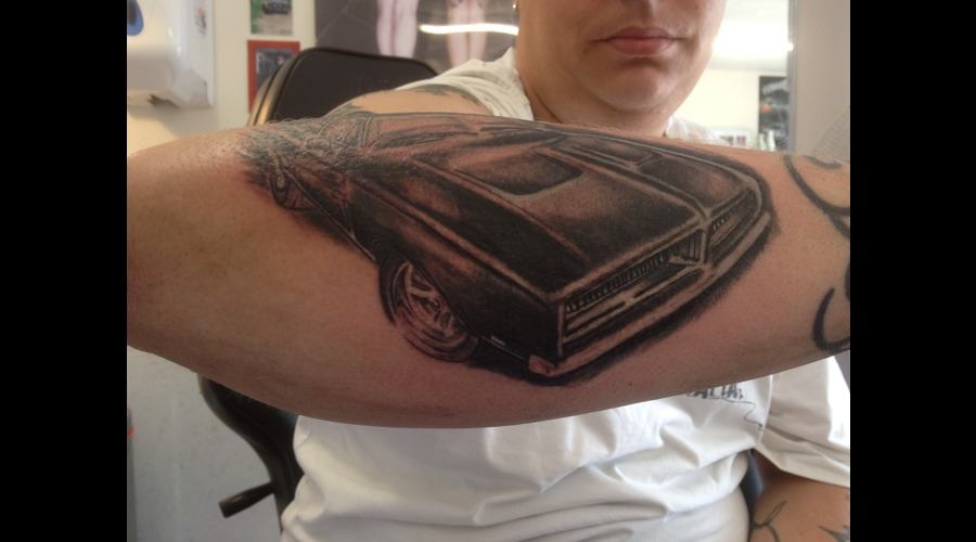 Car Part Of Sleeve  Forearm
