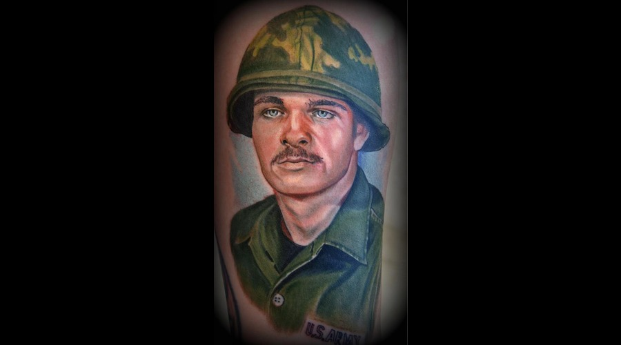 Army  Military  Memorial  Portrait  Color Portrait  Color  Army Man  Color