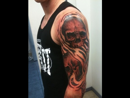 Skull  Sleeve  Evil  Black White