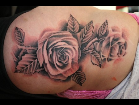 Roses  Realism Black White Thigh