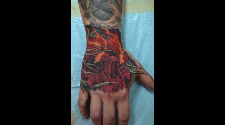 Hand Tattoo Skull Color