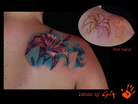 Lily  Realism  Cover Up Color Shoulder