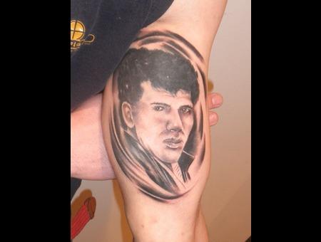 Portrait'realistic'brasov'jeff'romania' Black White Forearm