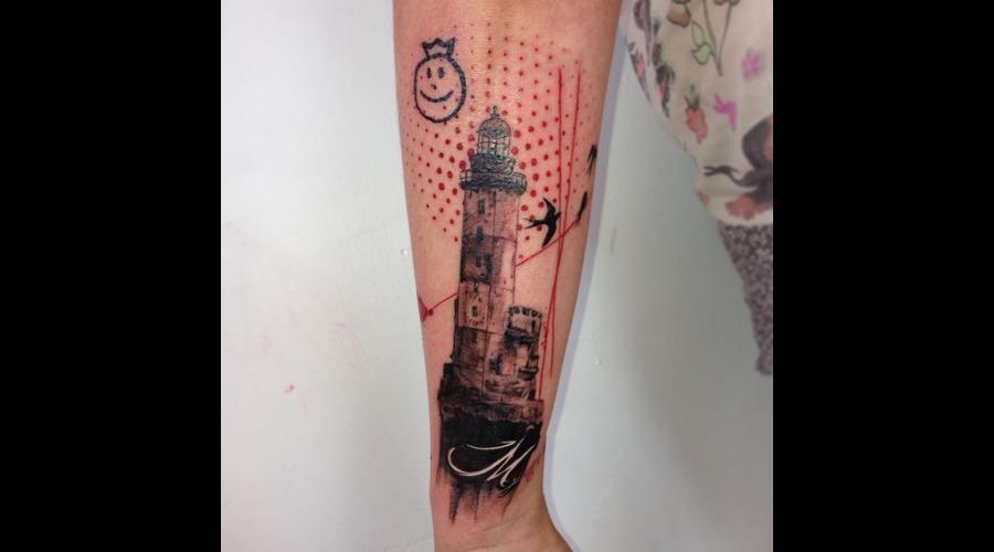 Lighthouse Black White