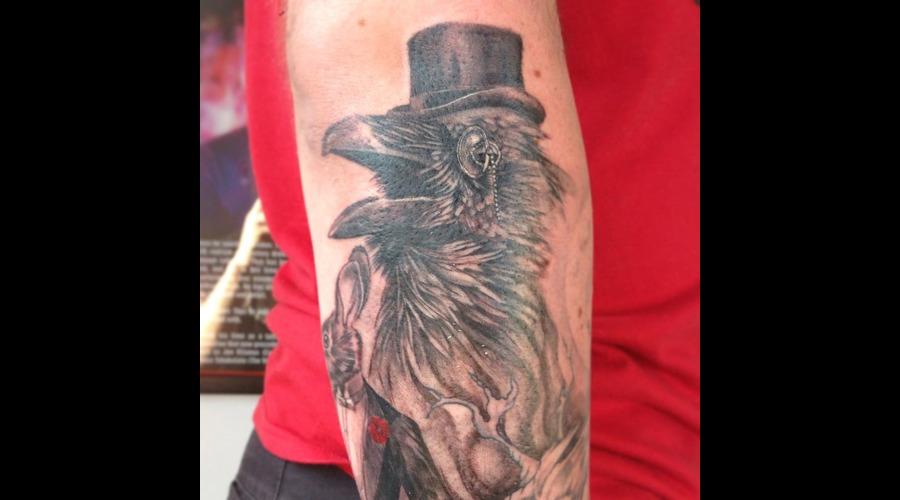 Raven Black White