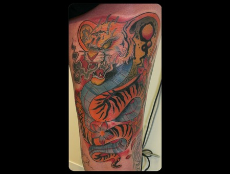 Tiger Snake  Back Of Thigh. Color