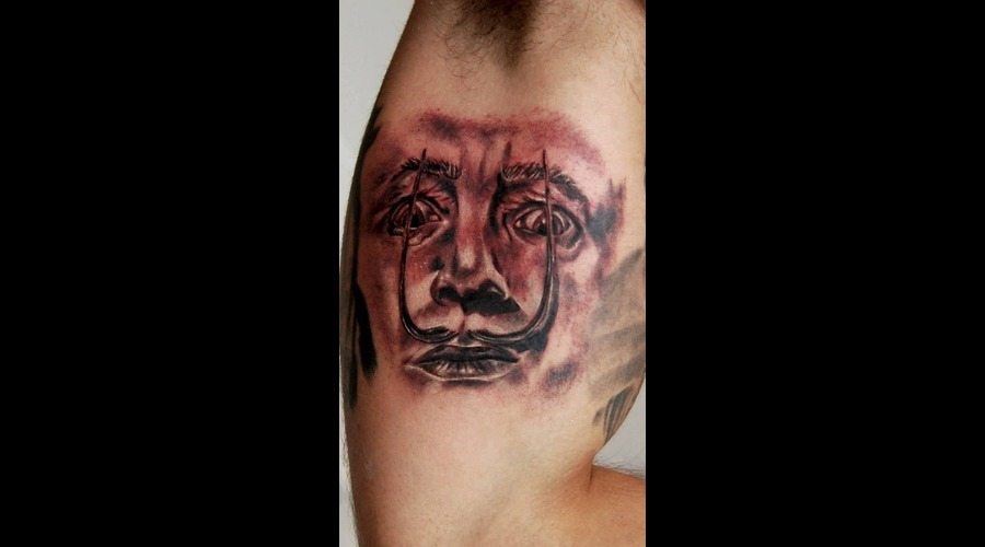 Salvador Dali  Surrealismo  Famouse Tattoo Black Grey Arm