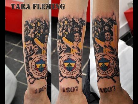 Fenerbahce  Fenerbahçe  Dövme  Tattoo Color