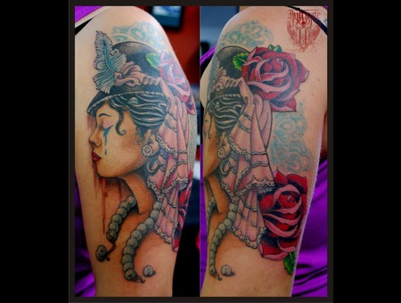 Victorian Traditional Lady Roses Color Arm