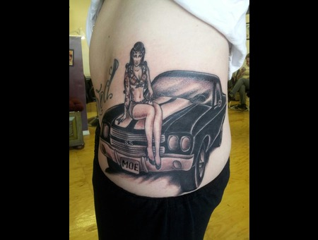 Traditional  Pinup  Hotrod  Black White Hip