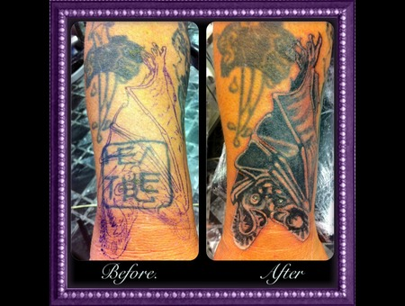 Bat  Cover Up   Black White