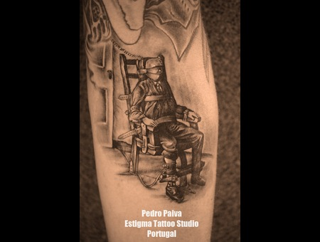 Electric Chair Tattoo Estigma Estudio Santa Maria Feira Portuga Pedro Paiva Black Grey Forearm