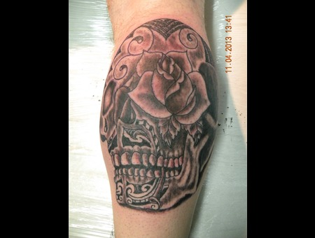 Sugar Skull  Forearm Black White