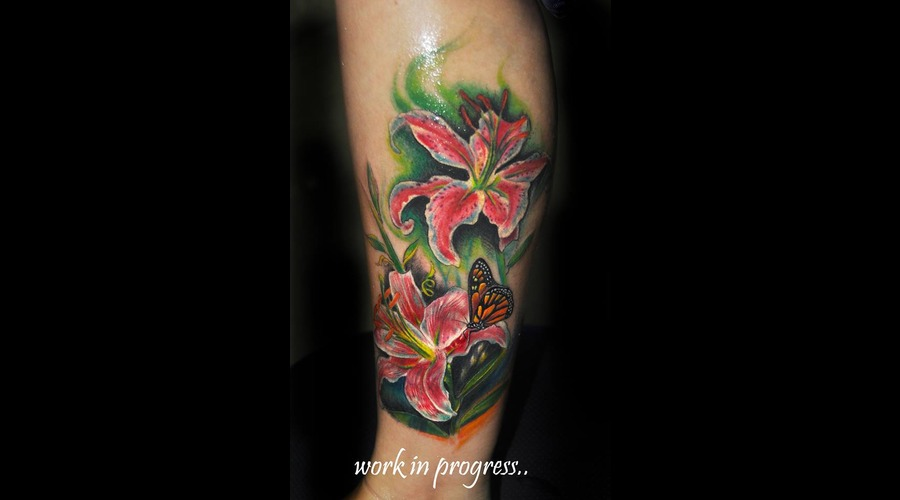 Floral Leg Sleeve In Progress.. Color Lower Leg