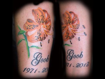 Tiger Lily Memorial Color Lower Leg