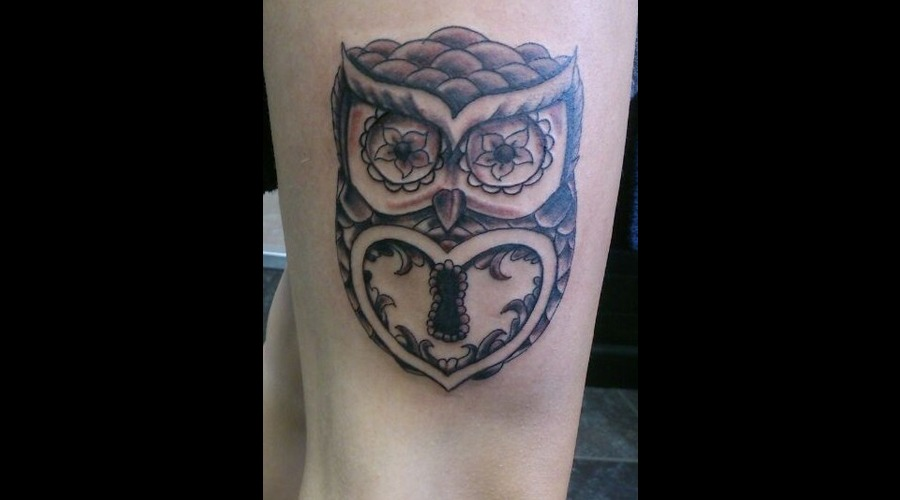 Owl  Leg  Pretty  Black And Grey  Lock  Heart  Bird Black White
