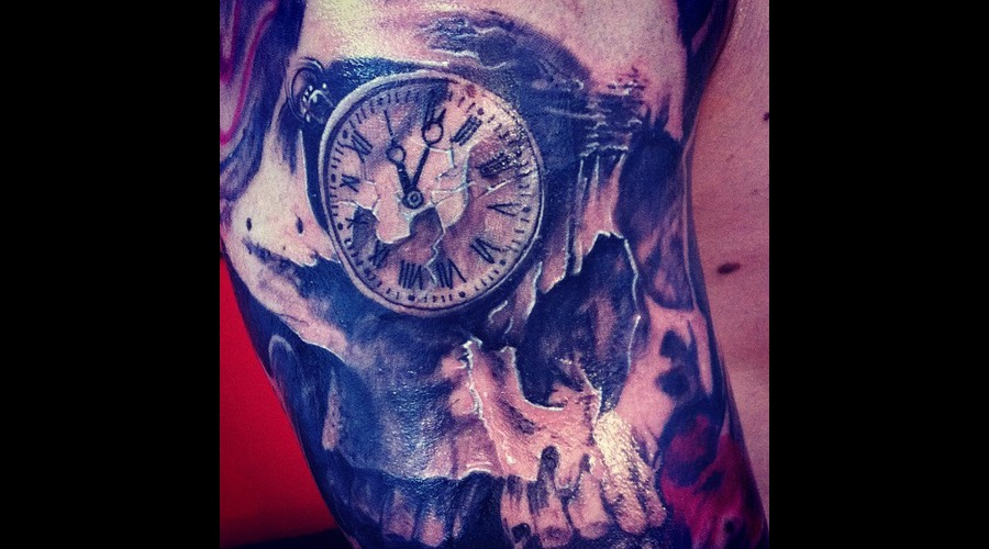 Skull  Clock  Trash  Realistic Black White
