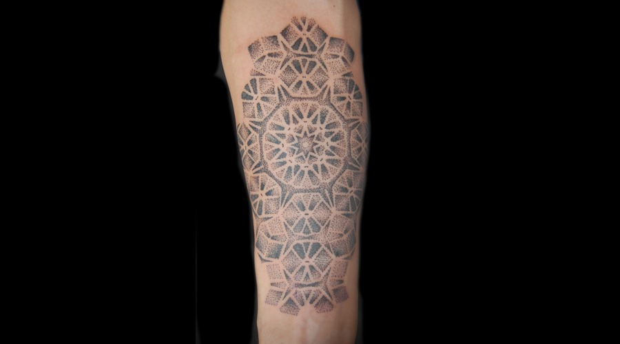 Dotwork Black White
