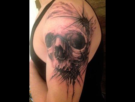 Freehand Skull  Black White