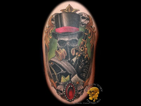 Steampunk  Skull Color Thigh